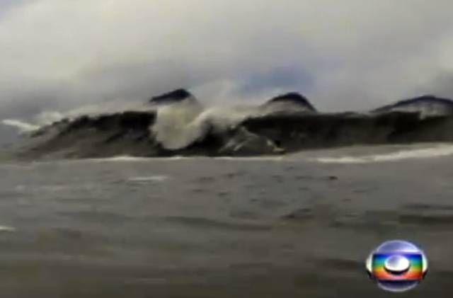 Ressaca no Rio revela novo pico de ondas grandes - Notícia - Surfguru