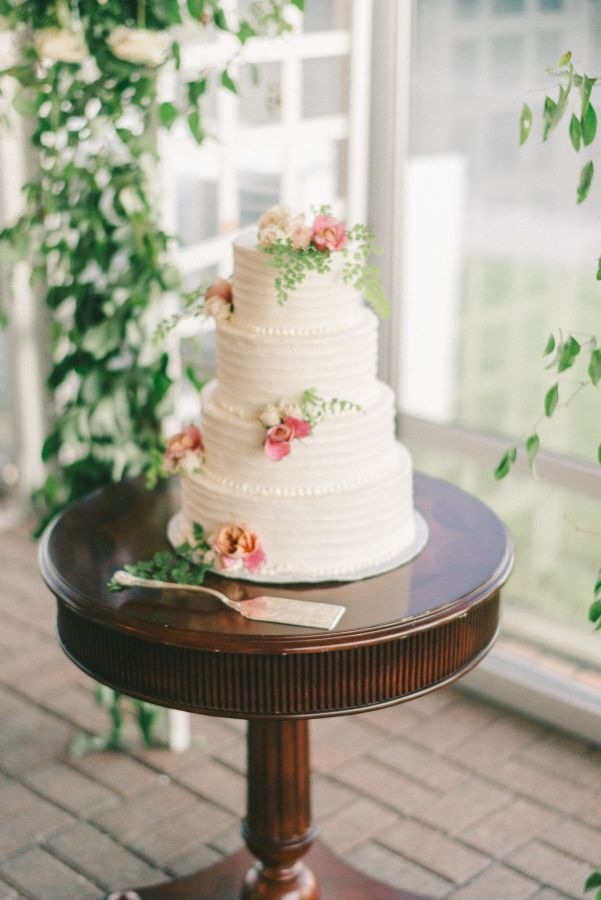 meaning of wedding cake tiers 17 best images about wedding cakes on 17247