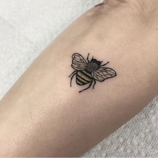 1299 best tattoos images on pinterest ideas flower for Small bee tattoo