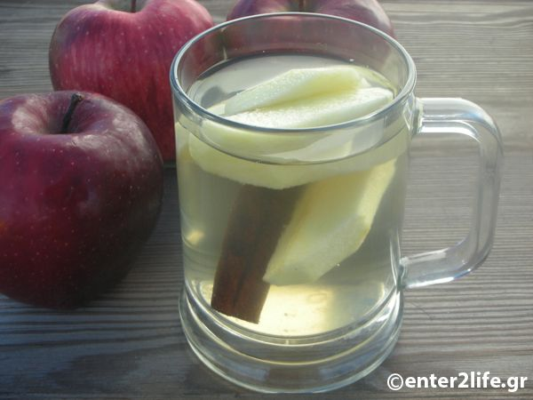 Φυσικό vερό αποτοξίνωσης με μήλο, κανέλα και πιπερόριζα – enter2life.gr