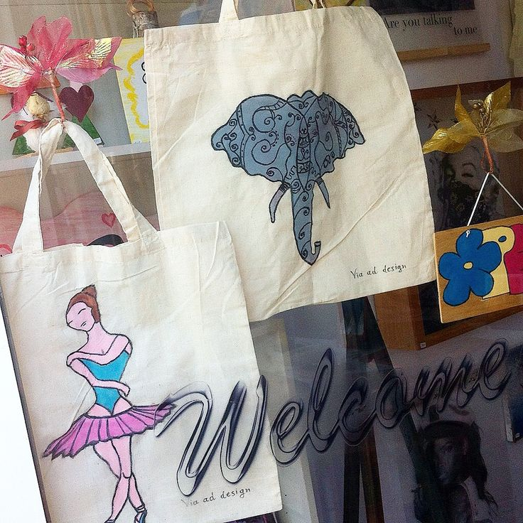 handmade painted  bags from  via ad design
