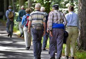 1-Jul-2014 15:29 - PENSIOENFONDSEN STAAN ER WEER WAT BETER VOOR. Nederlandse pensioenfondsen staan er een stuk rooskleuriger voor dan een jaar geleden. De gemiddelde dekkingsgraad stond eind juni op 114 procent, een stijging van 13 procentpunten ten opzichte van precies een jaar eerder. Dat blijkt uit dinsdag gepubliceerde cijfers van onderzoeksbureau Aon Hewitt.