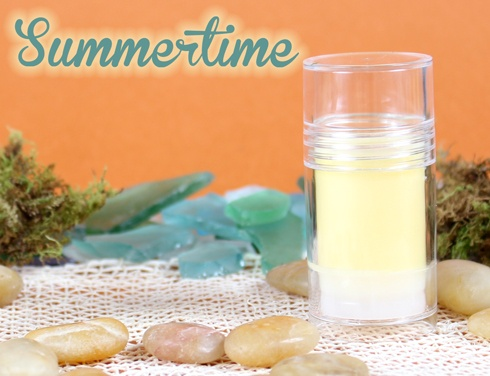 Prepare for summer with this all natural bug repellant #DIY #Tutorial using essential oilsEssential Oil, Diy Tutorial