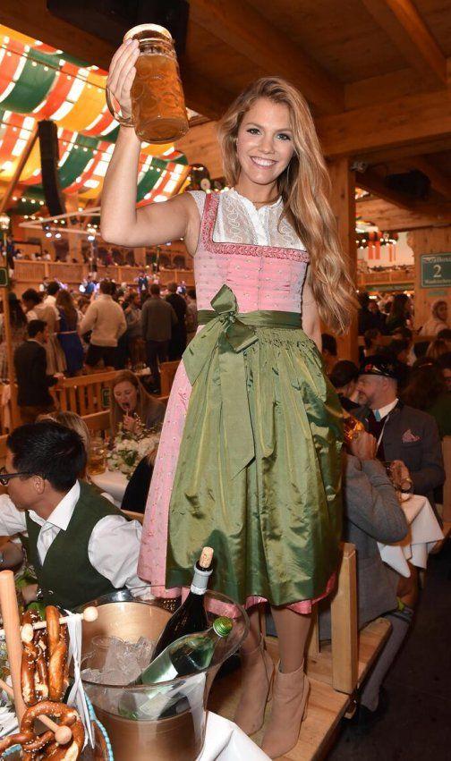 Viviane Geppert auf dem Oktoberfest 2017