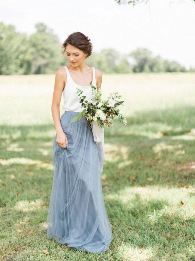 To finish off our fashionable Friday, we're taking some time to gawk at gorgeous bridesmaid dresses, this time in the shade of Serenity, one of Pantone's colours of the year. This periw…