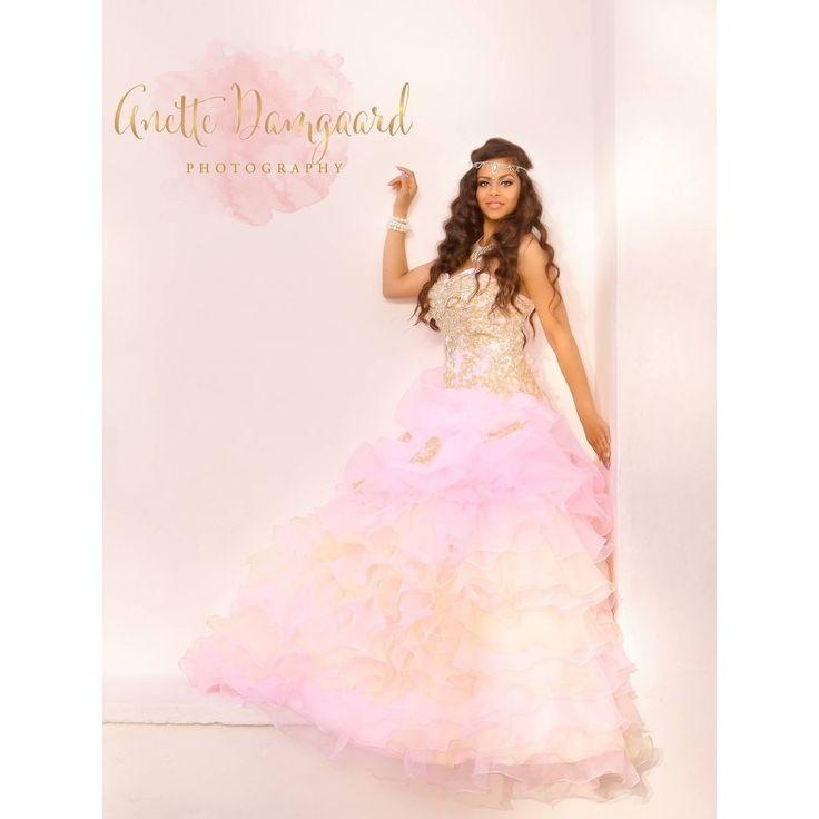Lyserød prinsesse balkjole med krystal overdel, som bliver skræddersyet til dig