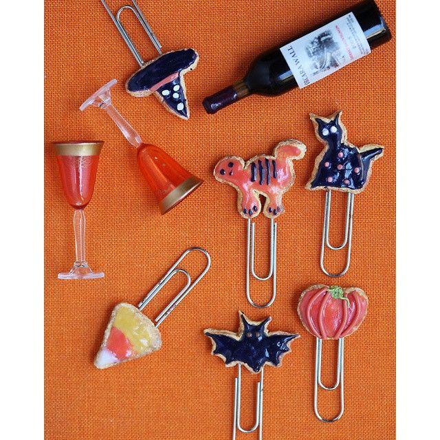 Halloween Cookies #SmallIdea #MiniatureArt #MiniatureFood #PolymerClay #PaperClips #HalloweenCookies