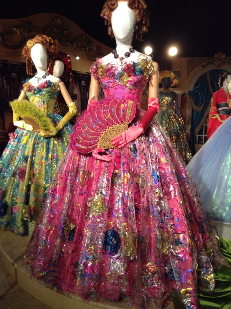 Anastasia and Drisella's ball gowns