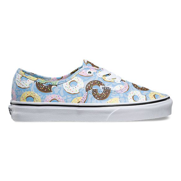 The Late Night Authentic combines the original and now iconic Vans low top style with an allover junk food print, sturdy canvas uppers, metal eyelets, and signature rubber waffle outsoles.
