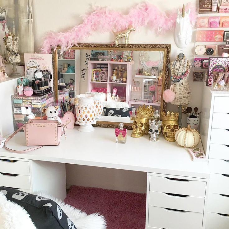 353 best images about makeup room on pinterest makeup for Decor vanity