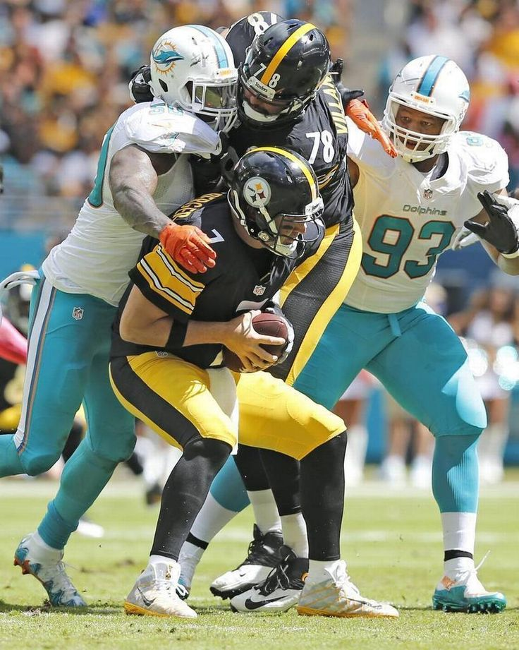 Steelers vs. Dolphins:     October 16, 2016  -  30-15, Dolphins  -     Miami Dolphins defensive end Andre Branch (50) sacks Pittsburgh Steelers quarterback Ben Roethlisberger (7) in the first quarter as the Miami Dolphins host the Pittsburgh Steelers at Hard Rock Stadium on Sunday, October 16, 2016.