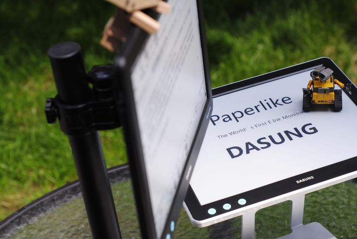 DASUNG Paperlike E Ink monitor. Hot on Indiegogo. Cut price, just $895(free delivery) you can get one right now!
