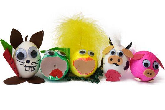 Ostereier gestalten: irre Hasen, knuffige Kühe und lustige Schweine  http://www.familie.de/diy/ostereier-gestalten-863874.html