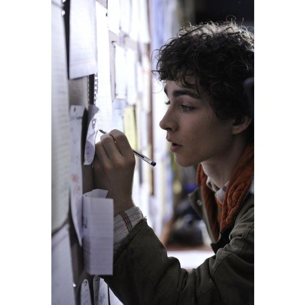 Pictures & Photos of Robert Sheehan - IMDb ❤ liked on Polyvore featuring robert sheehan, guys, boys, people and hot guy