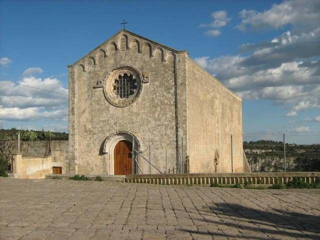 PRESENZA LUCANA. TESI DI LAUREA OVER. La Chiesa dell'Assunta di Castellaneta