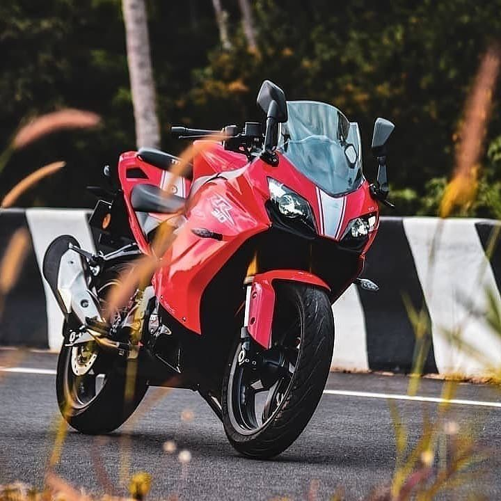 The Tvsapacheseries Rr 310 Is Tvs First Fully Faired Motorcycle