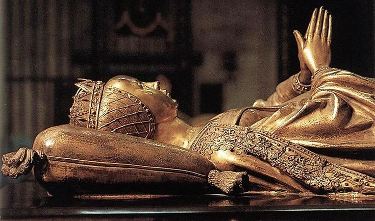 grave of mary of burgundy in the church of our lady in