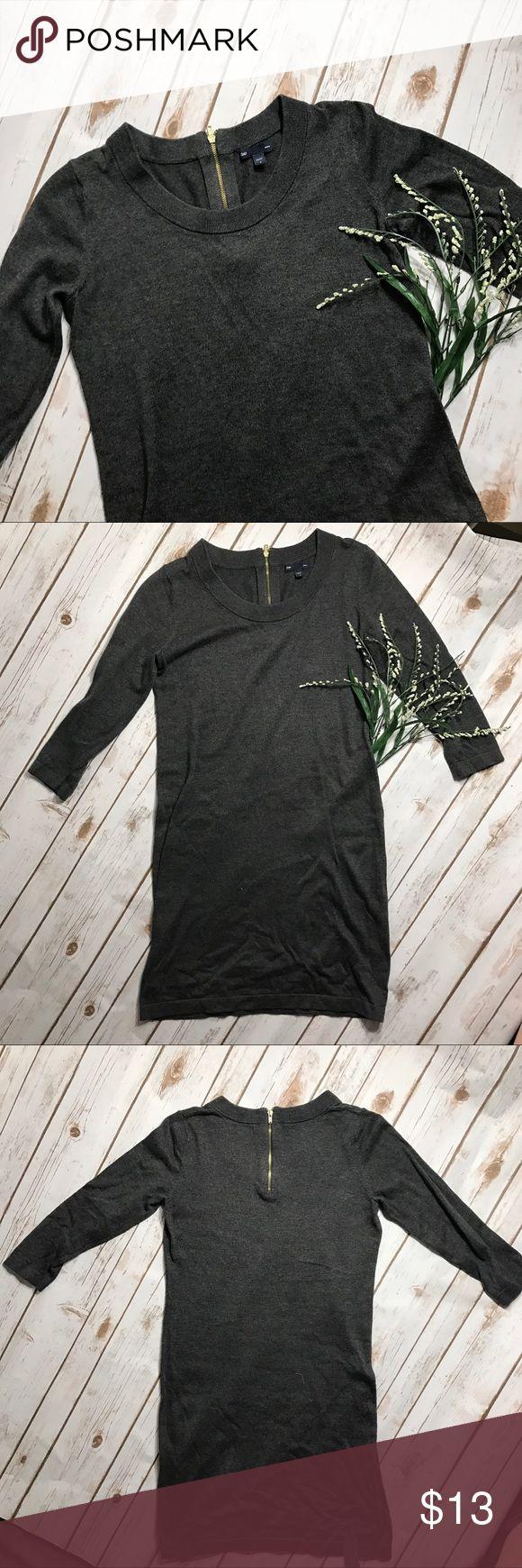 Gap sweater dress Cute knee length Long sleeve sweater dress. Make me an offer. Ask me any questions! 🙂 GAP Dresses Long Sleeve