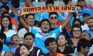 """SBO News :  แฟนบอลพันธุ์แท้ """"ปลาทูคะนอง"""" ยืนยันยังคงศรัทธาและให้การหนุนหลัง """"โค้ชฉ่วย"""" สมชาย ชวยบุญชุม กุนซือใหญ่ให้คุมทีมสมุทรสงคราม เอฟซี ต่อไป"""