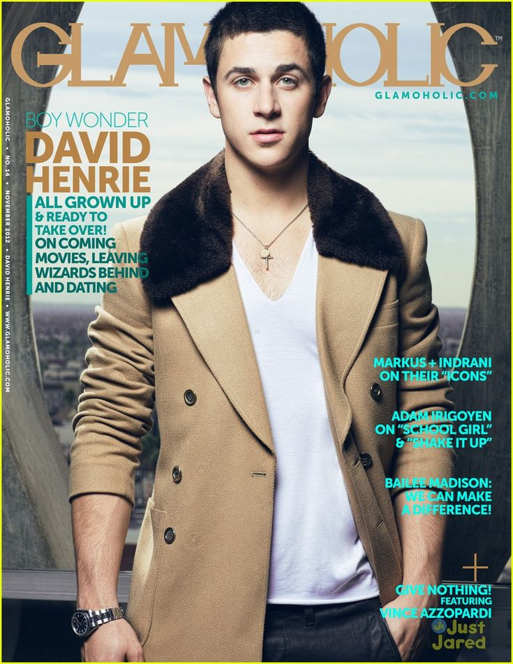 david-henrie-naked-body-flat-chested-redhead-nude-gif