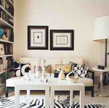 Bromeliad: The ubiquitous multipurpose IKEA Lack side table - now only $8 - Fashion and home decor DIY and inspirationElizabeth Blitzer, Living Rooms, West Village, Black And White, Zebras Rugs, Blitzer West, Black Whit, Domino Com, Village Apartments