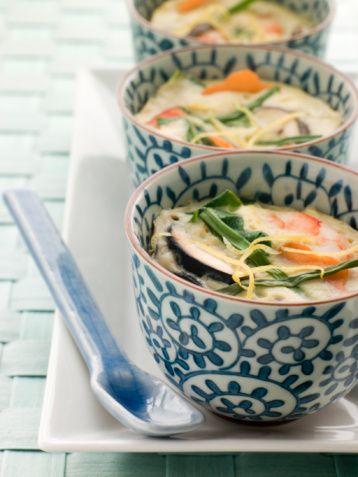 スルっとおいしい茶碗蒸しカロリーが気になる方必見