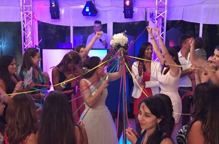 Lançamento do bouquet_ideias_fitas coloridas_wedding