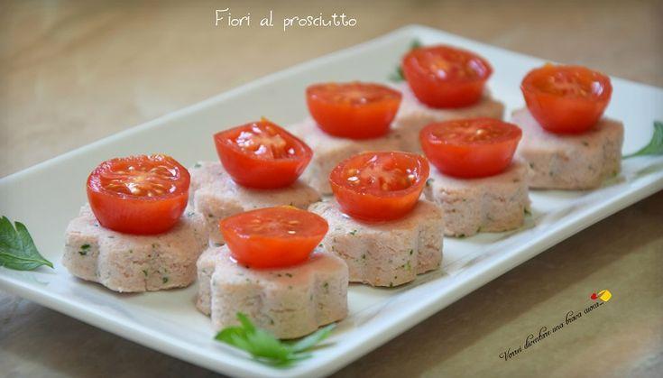 Fiori al prosciutto, deliziosi finger-food a base di prosciutto e ricotta, freschi, stuzzicanti e adatti all'estate, da servire per aperitivi e buffet!