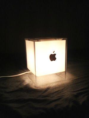 "Power Mac G4 Cube ""Light"" - スポンサー広告Mac & Apple"