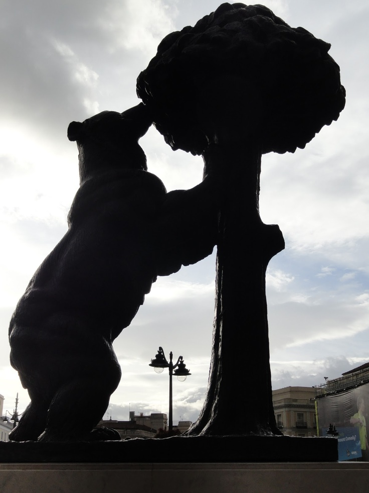 Madrid El oso y el madroño, símbolo de Madrid