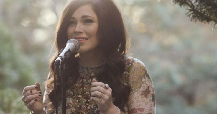 Pray With Kari Jobe As She Sings 'The Garden' - Christian Music Videos