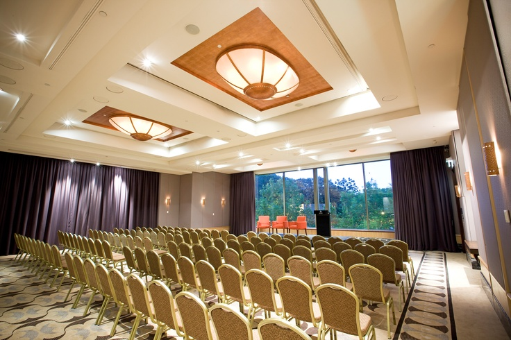 Amora Jamison, high quality Sydney CBD conference venue offers a Ballroom with natural light in the centre of the city - worth looking at www.sydneyhotelconferences.com/Hotel-AmoraJamisonSydney.htm