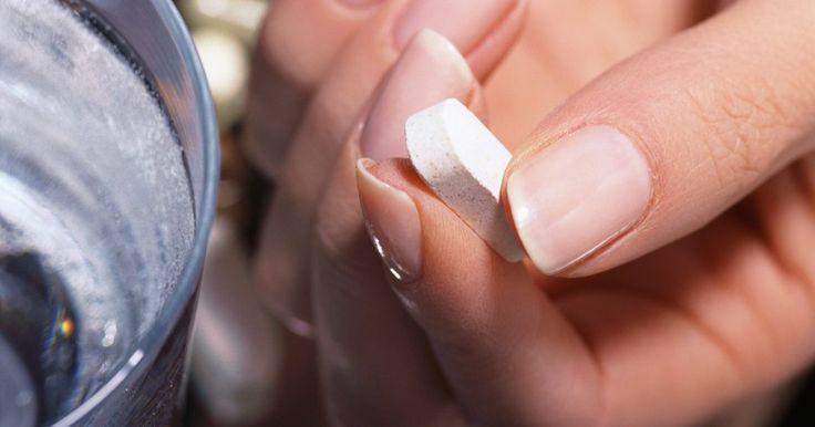 Cómo utilizar la niacina para limpiar el THC de tu sistema. Se han utilizado durante 15 años dosis muy altas de niacina como un medio de limpieza de la corriente sanguínea de THC. Éste se almacena en el tejido adiposo, lo que hace que ocurra una limpieza ineficaz durante cuatro a seis horas. Las dosis altas de niacina aunque son confiables, producen desagradables efectos secundarios que van desde ...