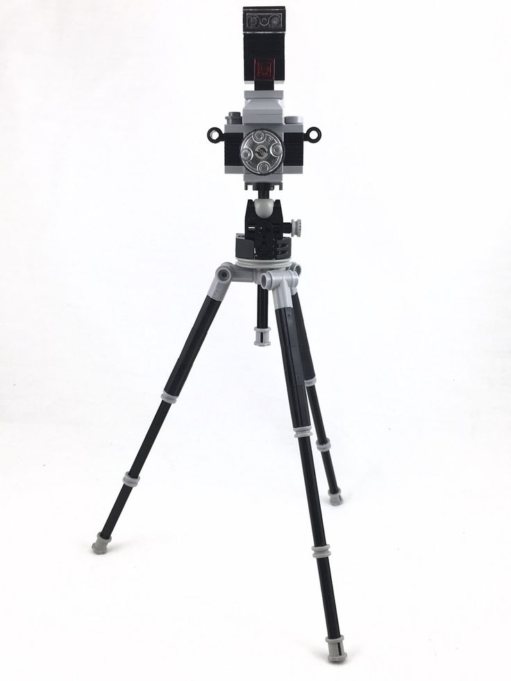 https://flic.kr/p/D8h2Hm | Lego Camera, Tripod and Flash [Full Front]
