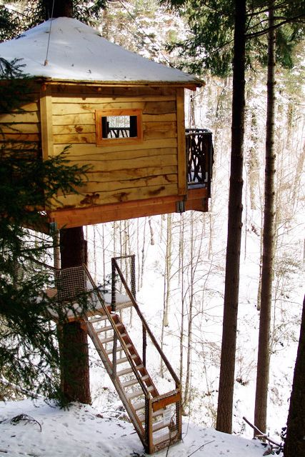 Cabanes als Arbres, a treehouse + vill resort in in the Guilleries Forest of Northern Catalonia. No running water or electricity, but lovable loos in each suite.