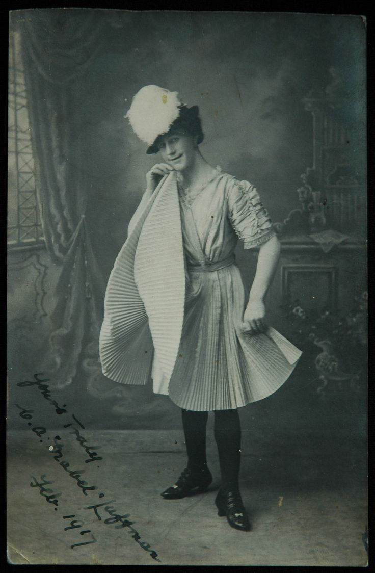 Dressing in drag around the turn of the 20th century