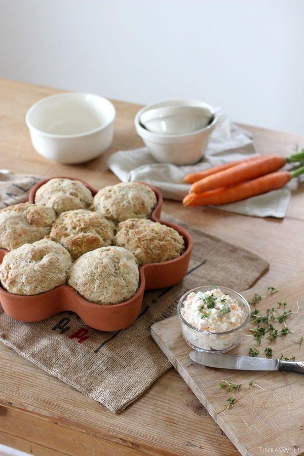 Tinkas Welt: Kartoffelbrötchen mit einem Frischkäse - Möhren - Aufstrich und ein paar Tipps dazu!