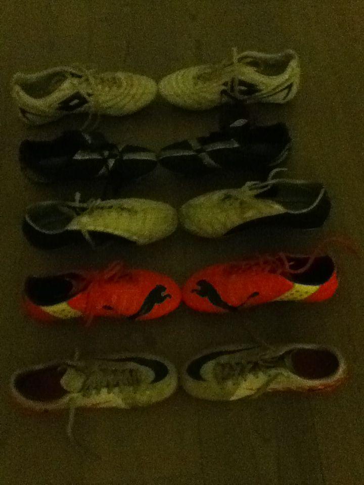 5 paia di scarpe mercurial,lotto,puma e adidas!!!!!!! In fila!!!!!!!!