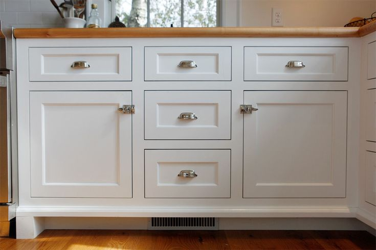 Farmhouse shaker style cabinets drawer pulls yahoo image search results new house - Shaker kitchen cabinet hardware ...