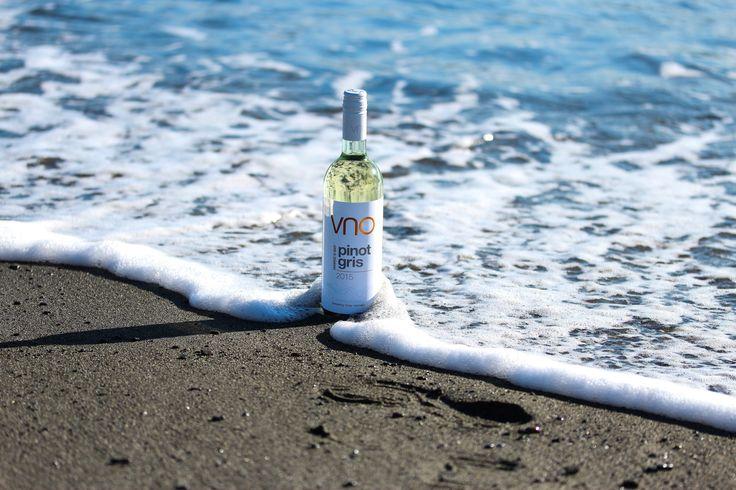 Beach location for VNO Wines