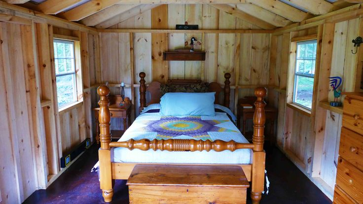 Great shot of how West Quebec Shed Company design this little bunkhouse. Perfect for the weekend guest.