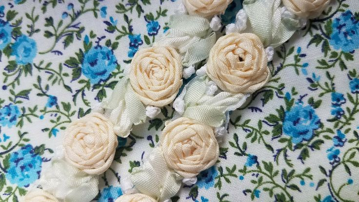 Vintage Ribbonwork Rosettes Floral ribbon trim BTY yard peach tiny flowers roses