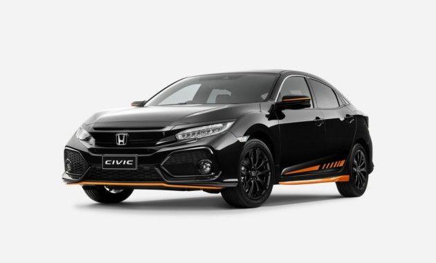 В Австралии стартуют продажи новой «пятидверки» Хонды в спецверсии Orange Edition. Особый Civic доступен австралийцам с пакетом аксессуаров ярко-оранжевого цвета. В «набор» вошли: боковые юбки, накладки на бамперы, декоративные акценты на корпусах наружных зеркал и наклейки на дверях. Кроме того, Honda Civic Orange Edition получил черные 17-дюймовые диски колес. Хэтчбек предлагается в четырех цветах кузова: Crystal Black, White Orchid, Sonic Grey, Lunar Silver. Доплата за новый пакет…