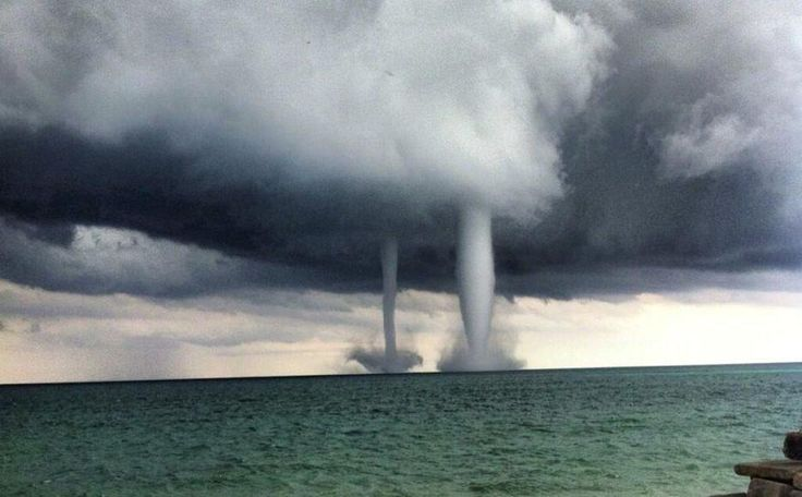 double waterspout over Lake Michigan | Mother Nature ...