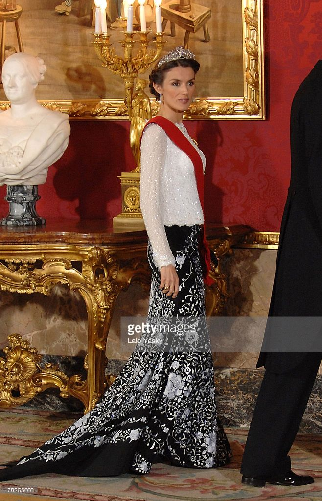 Princess Letizia attend the Gala Dinner in honour of the President of The Philippines Gloria Macapagal and her husband Jose Miguel Arroyo, at the Royal Palace on December 3, 2007 in Madrid, Spain.