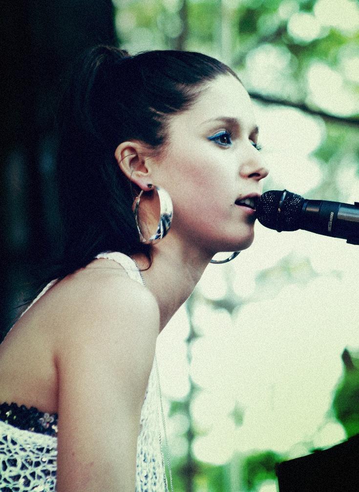 Francisca Valenzuela en el Día de la Música Chilena 1999
