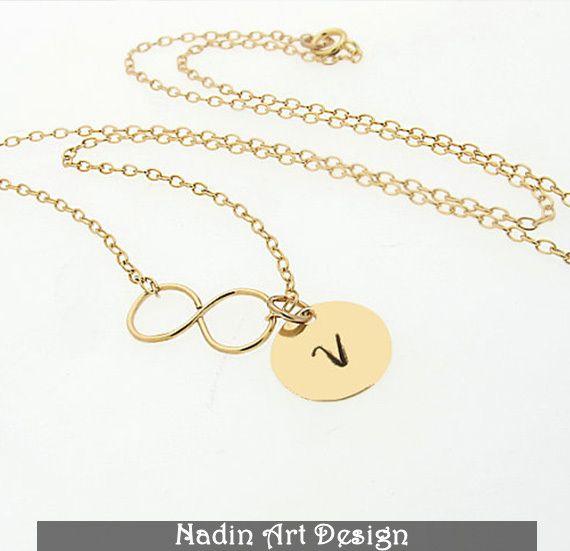 Personalisierte Halskette. Infinity Goldschmuck von NadinArtDesign auf DaWanda.com
