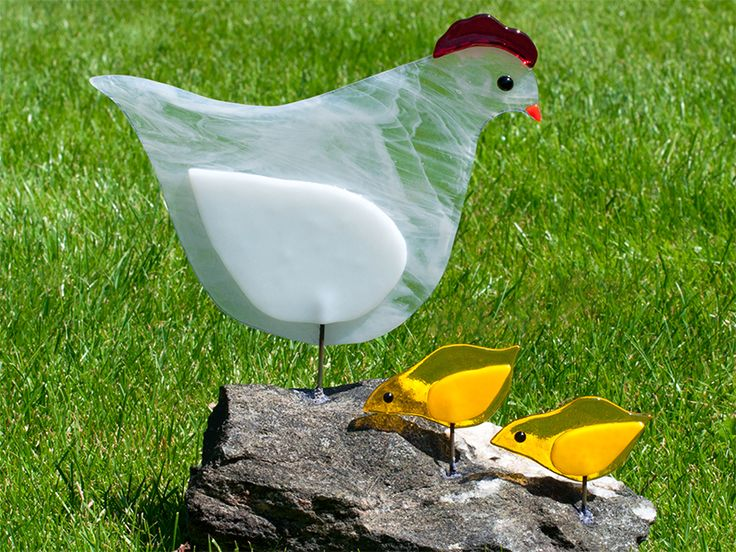 Fused glass art Hen with chicks