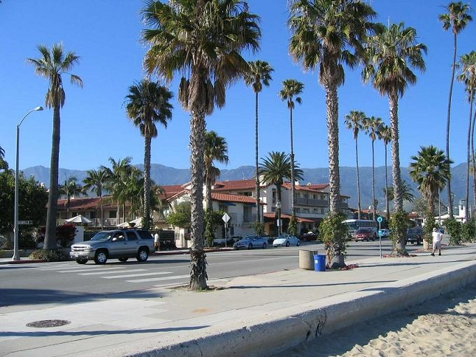 On the beach front | Cabrillo Boulevard | Santa Barbara