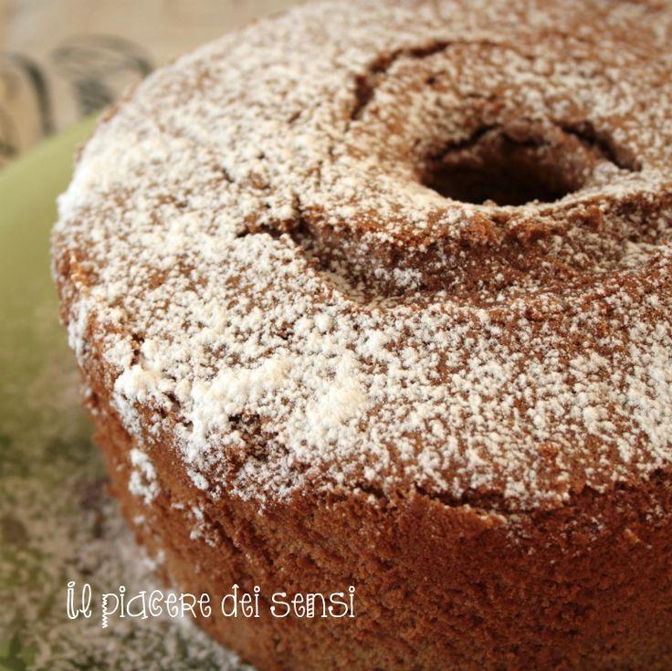 ƸӜƷ Chiffon cake al cacao – una nuvola a tavola! ƸӜƷ per la ricetta clicca qui ---> http://ilnuovopiaceredeisensi.altervista.org/chiffon-cake-al-cacao-nuvola-tavola/  #chiffoncake #cacao #wilton #colazione #ilpiaceredeisensi